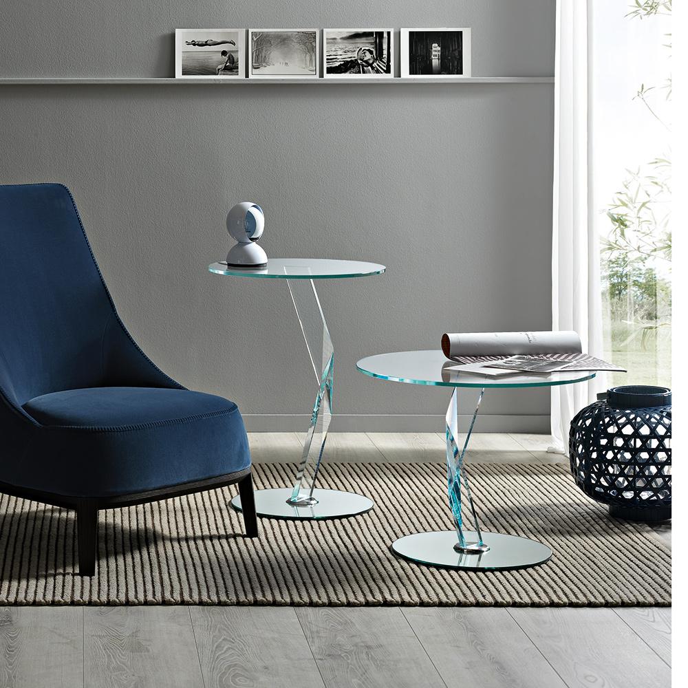 glas beistelltisch bakkarat von tonellidesign die wohn. Black Bedroom Furniture Sets. Home Design Ideas