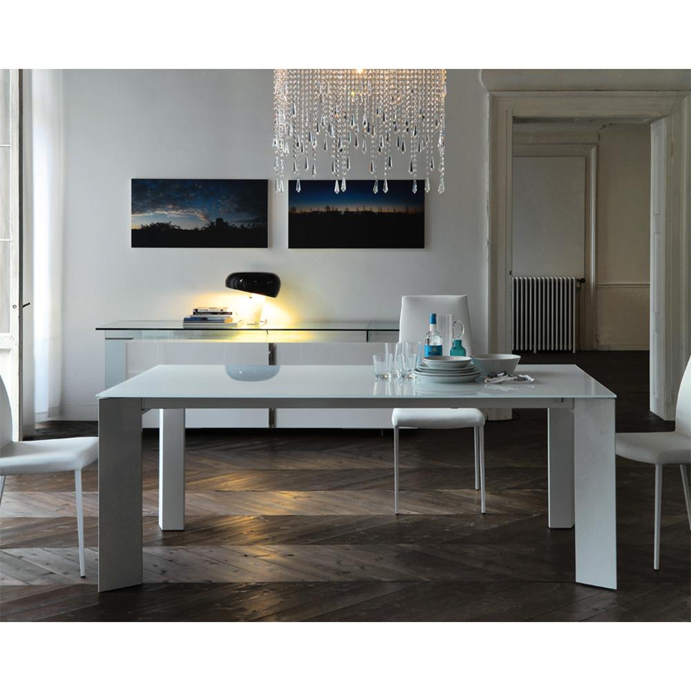 exklusive designertische mit dem plus die wohn galerie. Black Bedroom Furniture Sets. Home Design Ideas