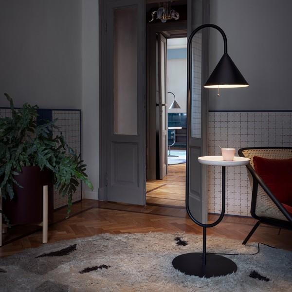 Beistelltisch/ Lampe OZZ
