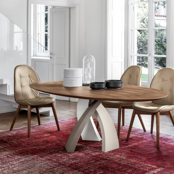 Ovaler Holz Designtisch ELISEO von TONIN CASA
